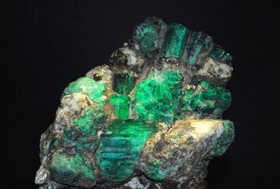 emerald raw chunk