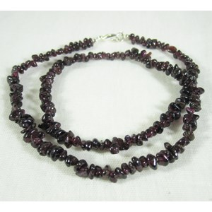 Garnet Gemchip Necklace