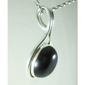 Black Onyx Circle Pendant (small)