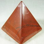 Red Jasper Pyramid (med)