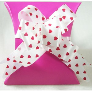 Heart Gift Bow