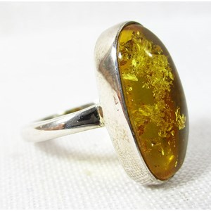 Amber Ring Size L