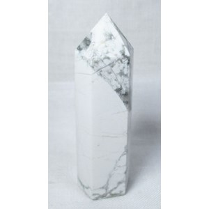 Howlite Standing Point
